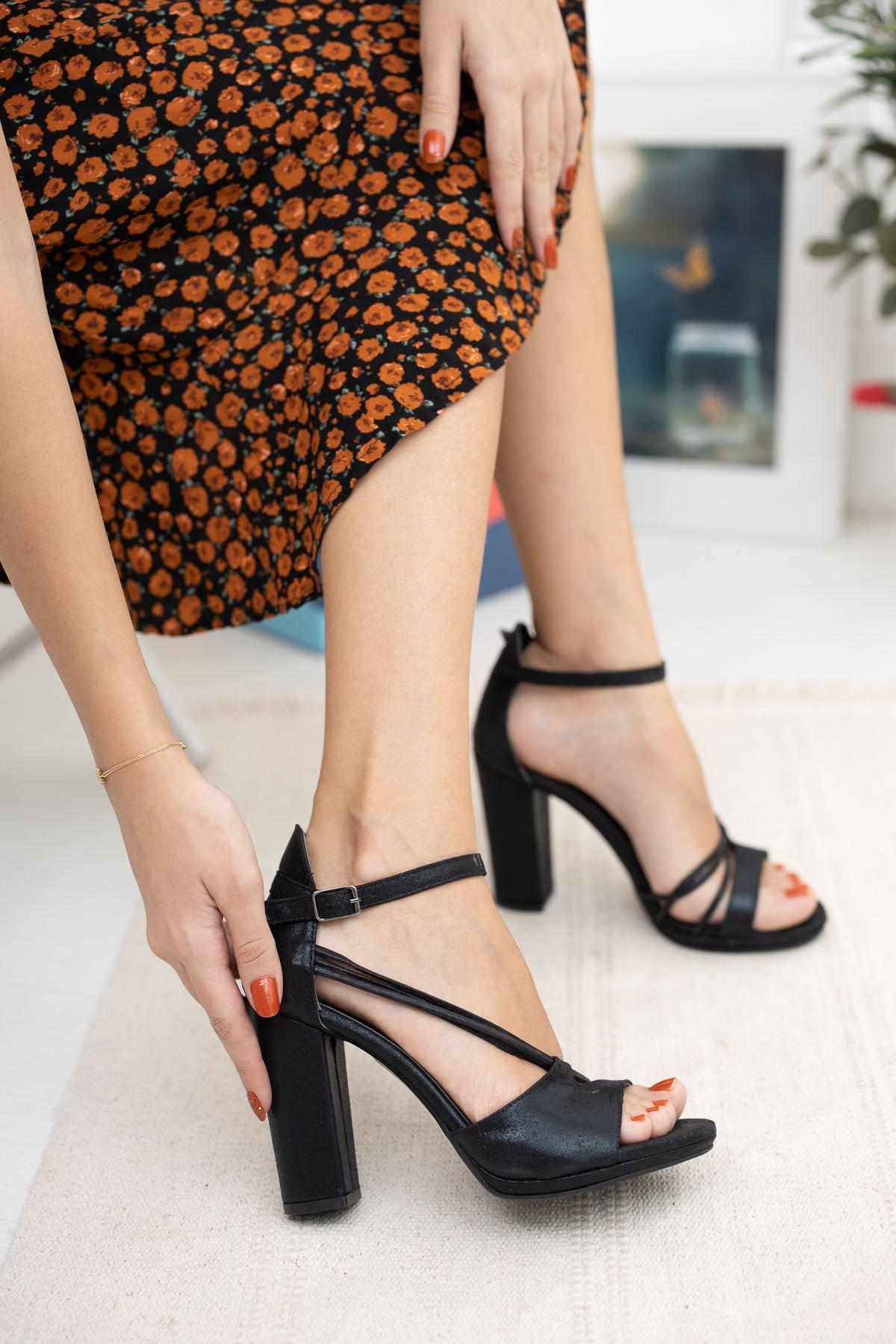 5 lik Platform Tek Bant Kalın Topuklu Ayakkabı