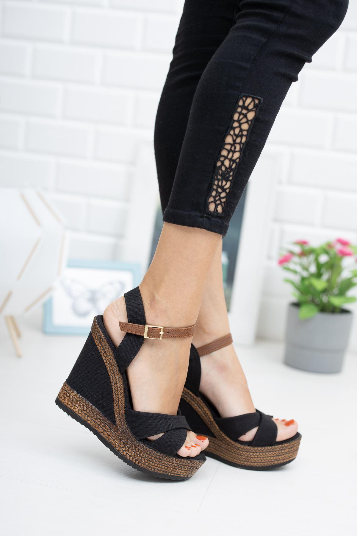 Dolgu Taban  Siyah Keten Sandalet