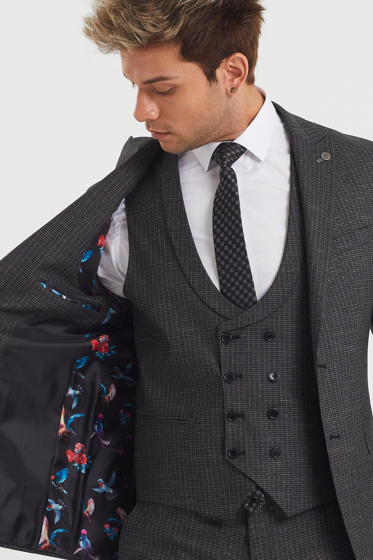 6 Drop Yelekli Takım Elbise
