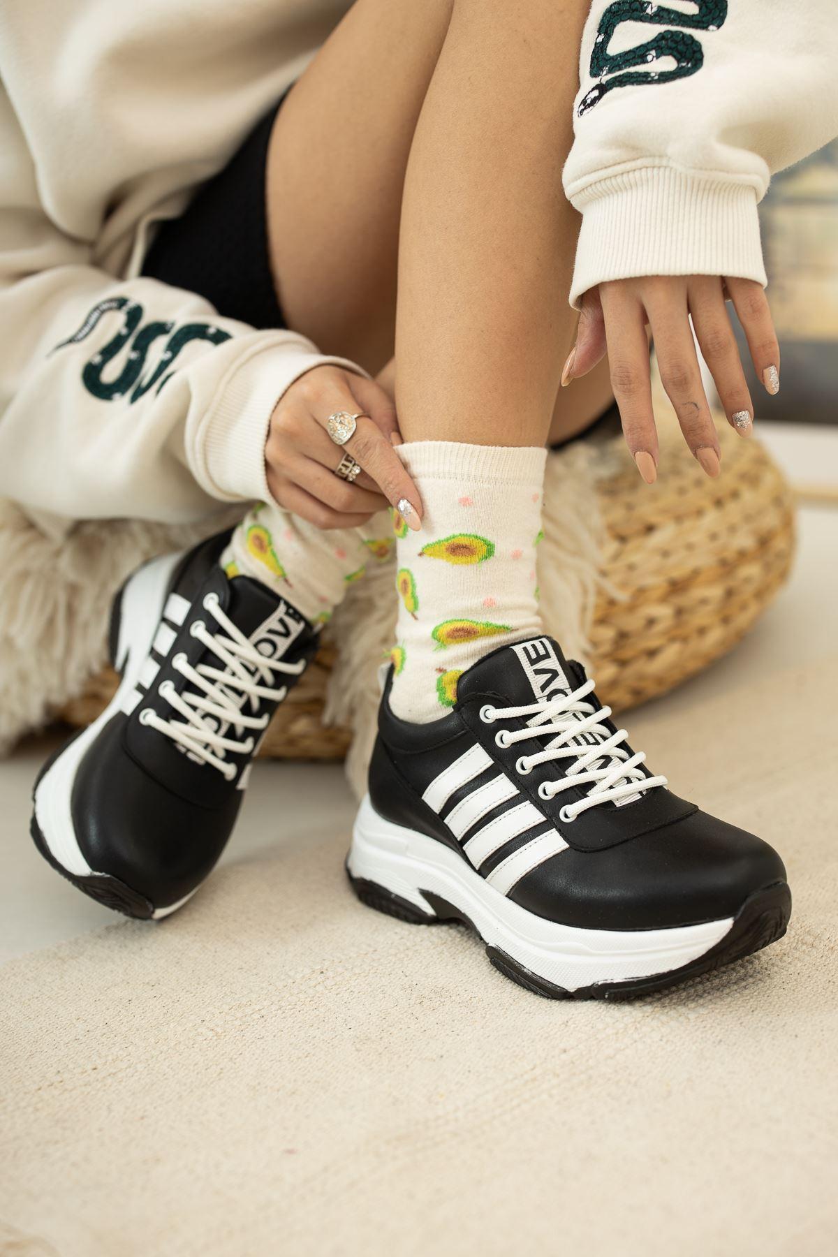 Kalın Taban Love Baskılı  Siyah Cilt Spor Ayakkabı