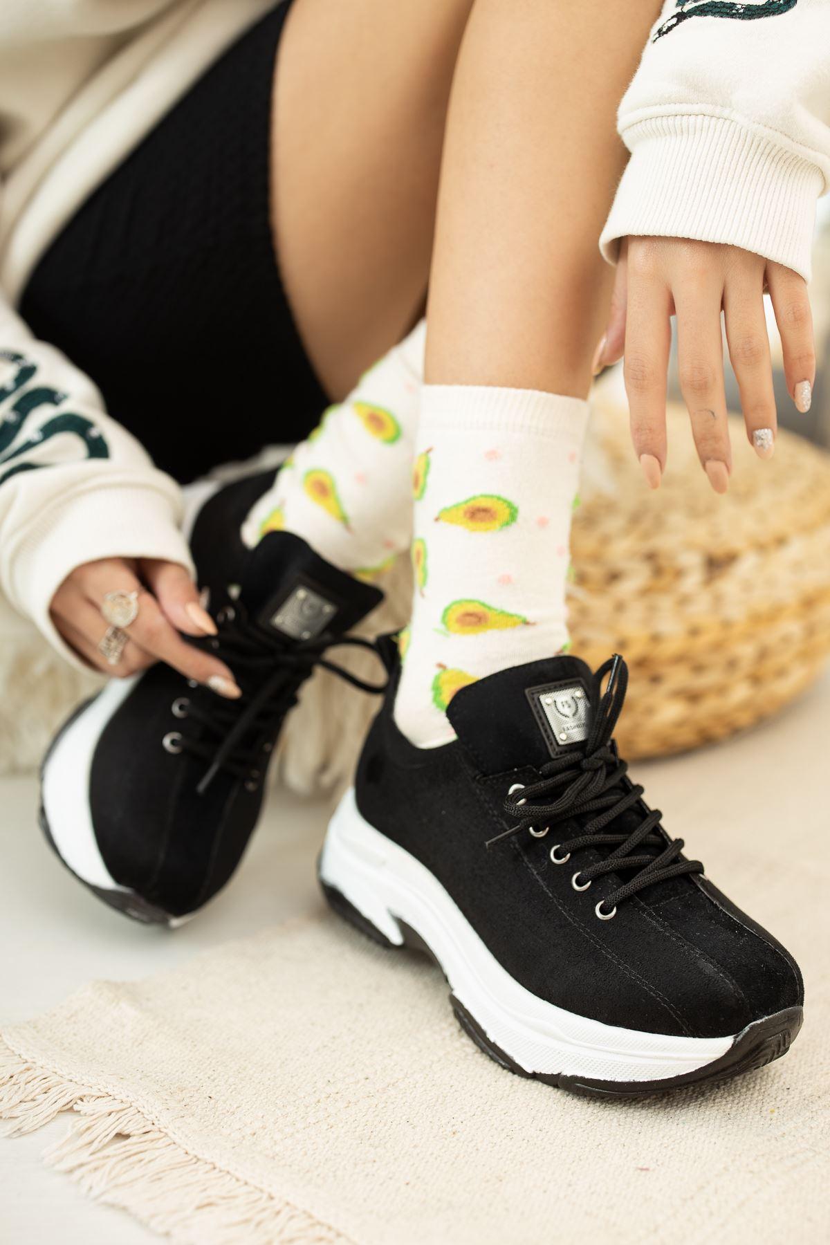 Kalın Taban Siyah Süet  Spor Ayakkabı