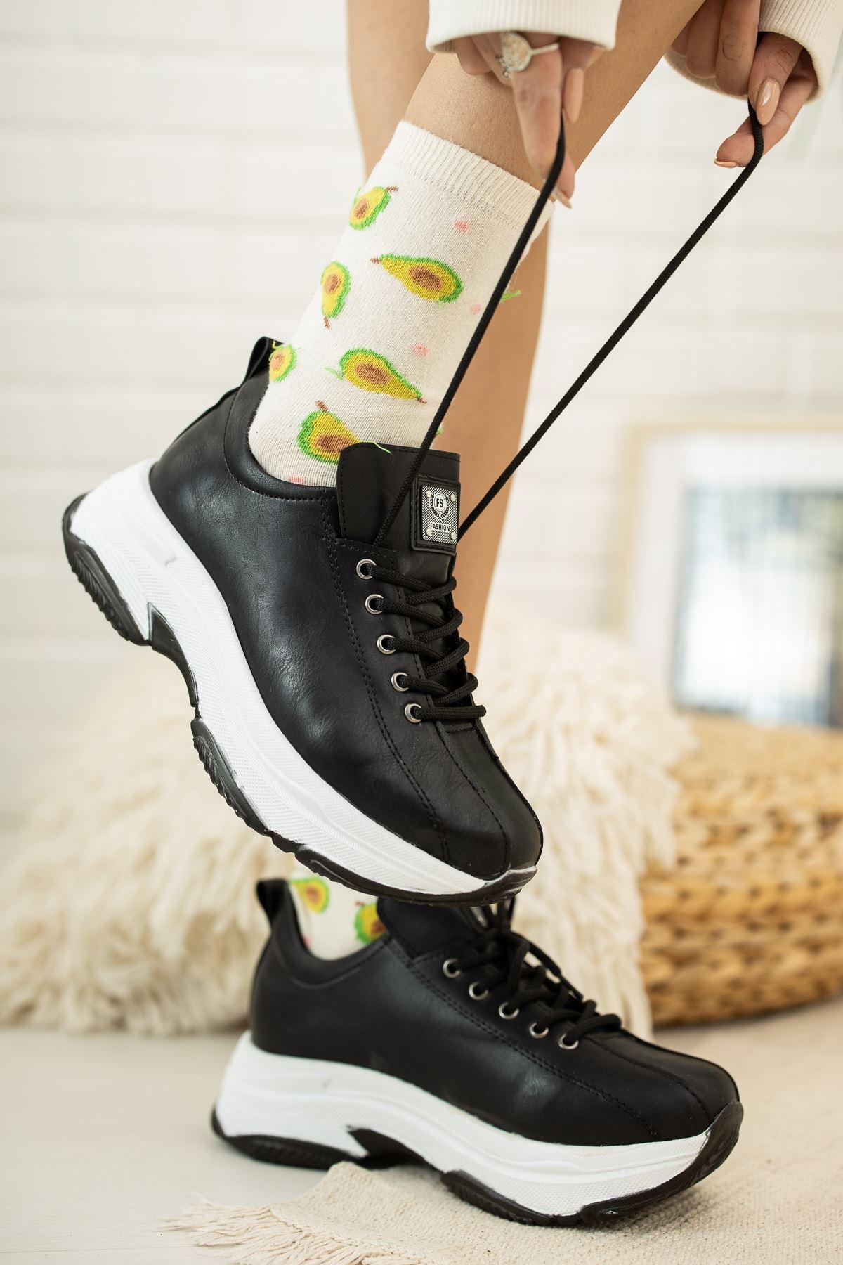 Kalın Taban Siyah Cilt  Spor Ayakkabı