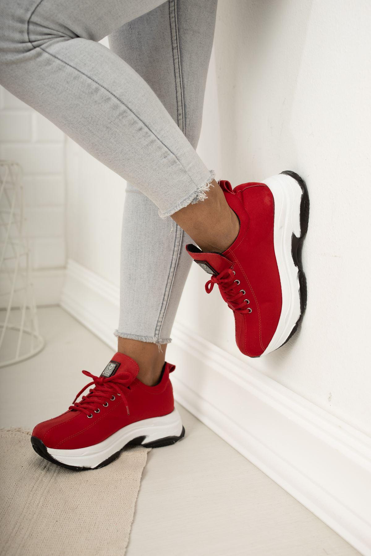 Kalın Taban Kırmızı  Spor Ayakkabı