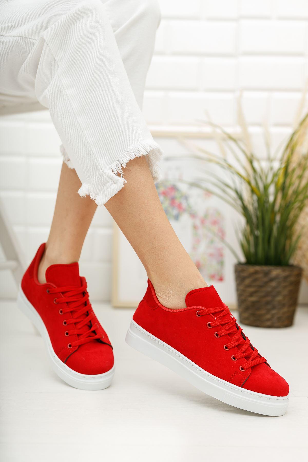 Bağcıklı Kırmızı Kadın Ayakkabı