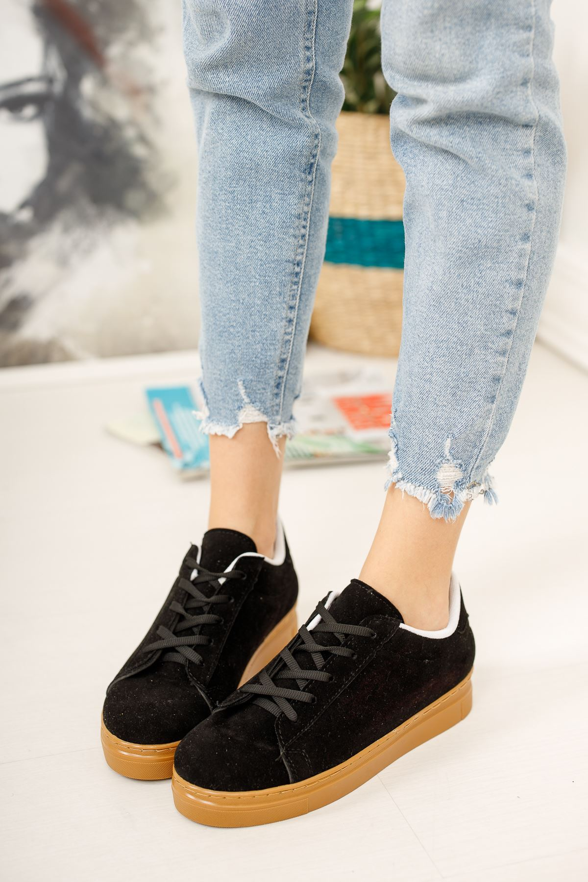 Bağcıklı Siyah Spor Ayakkabı