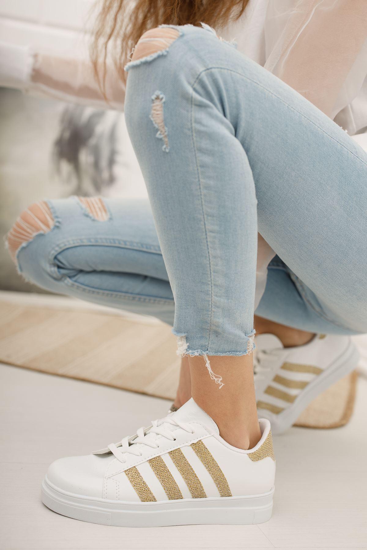Bağcıklı Sarı Şeritli Beyaz Spor Ayakkabı