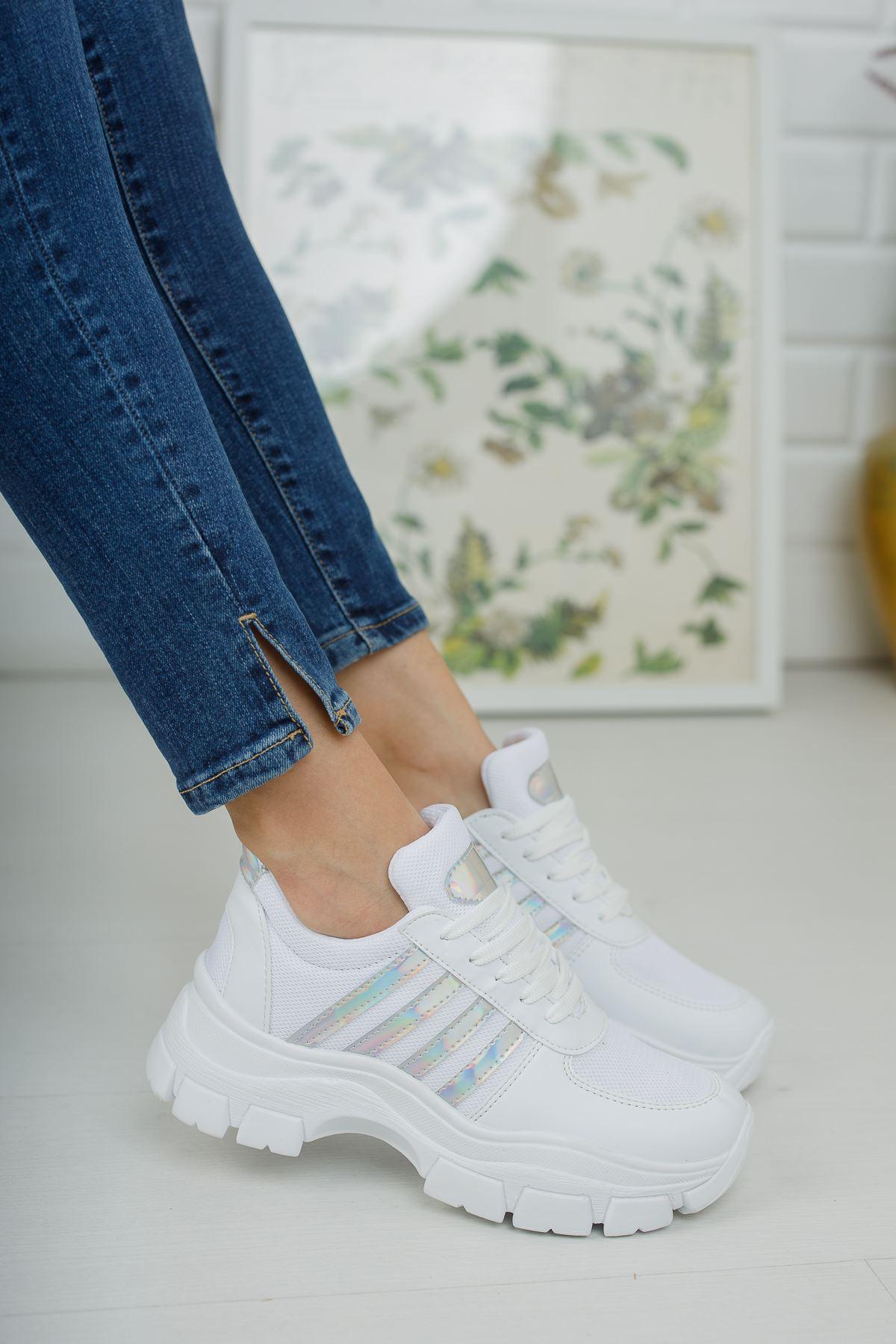 Yüksek Taban Hologram Şeritli Beyaz Spor Ayakkabı