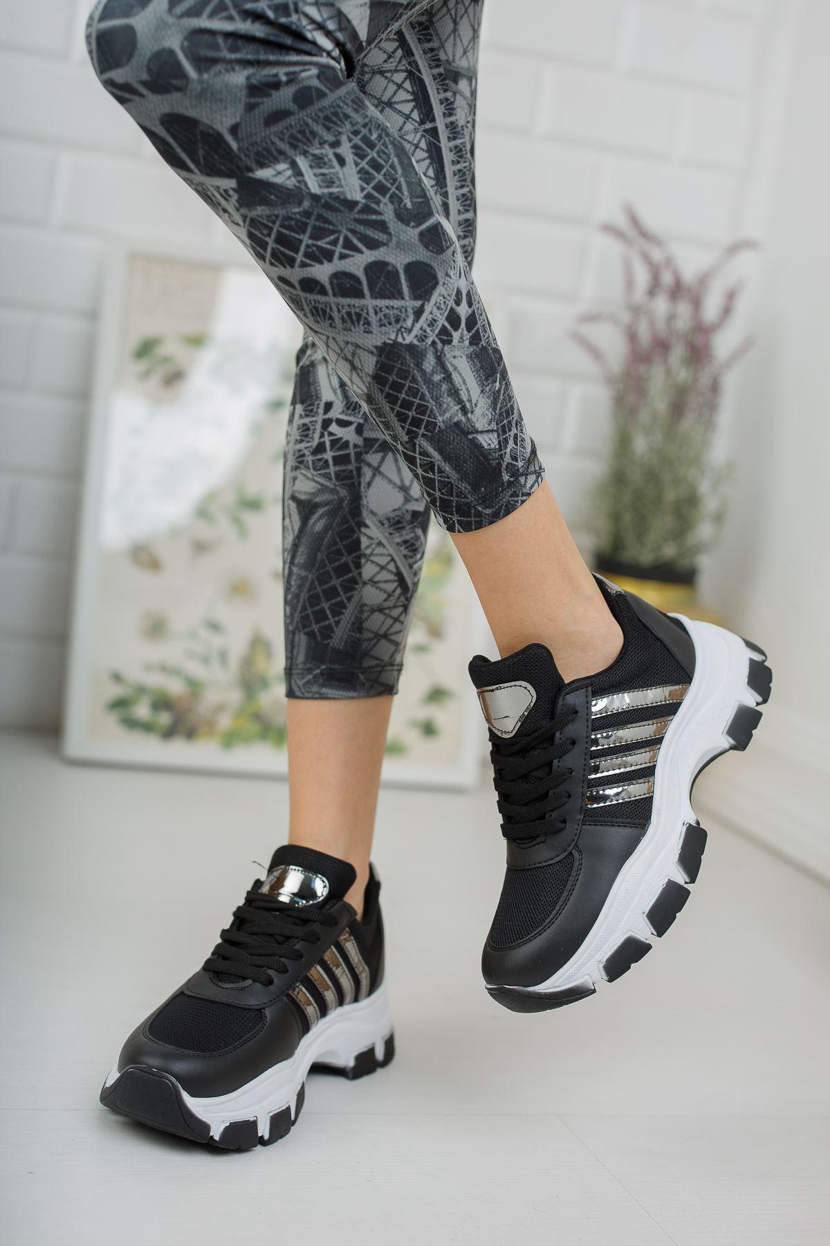 Yüksek Taban Platin Şeritli Siyah Spor Ayakkabı
