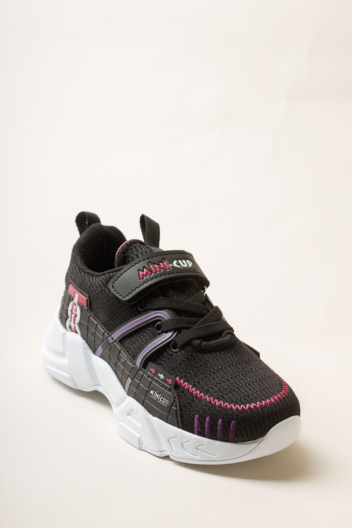 Cırtlı Siyah Spor Ayakkabı