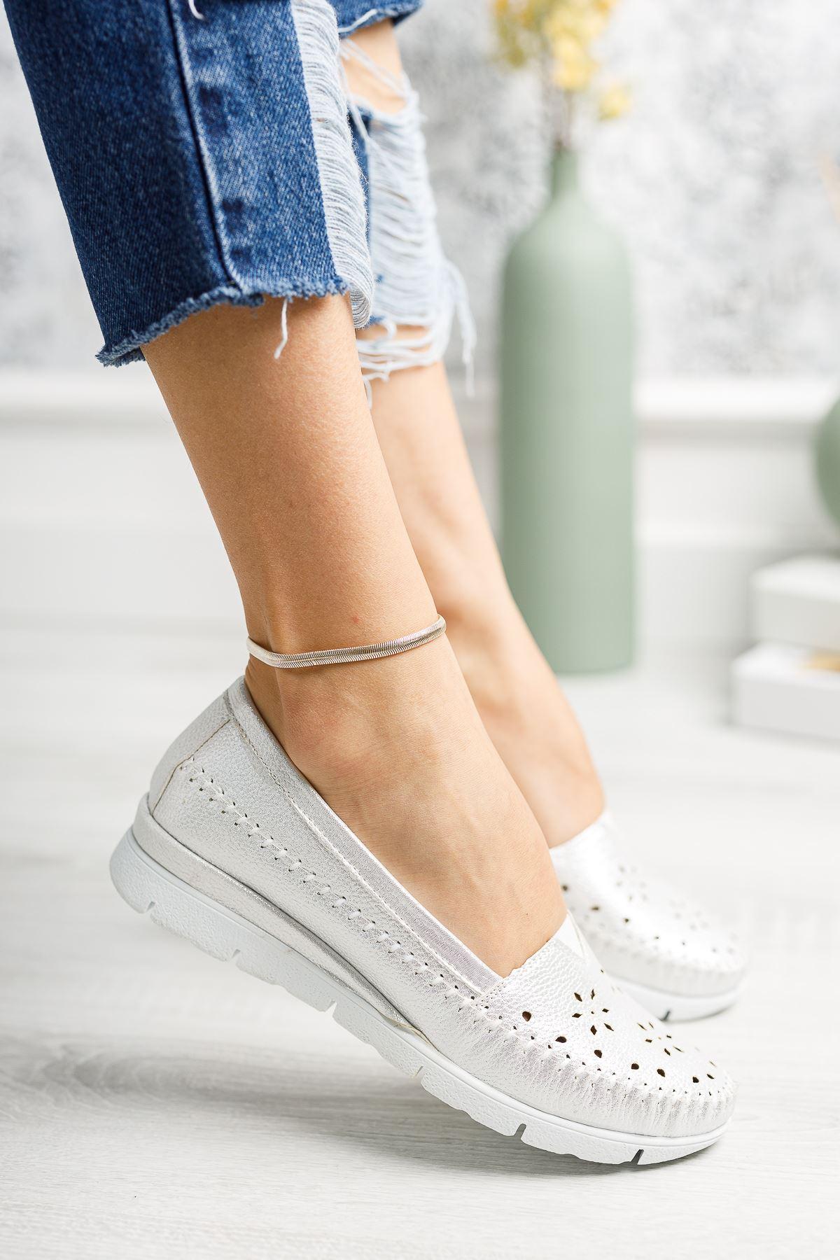 Ortapedik Pedli Beyaz Cilt Ayakkabı