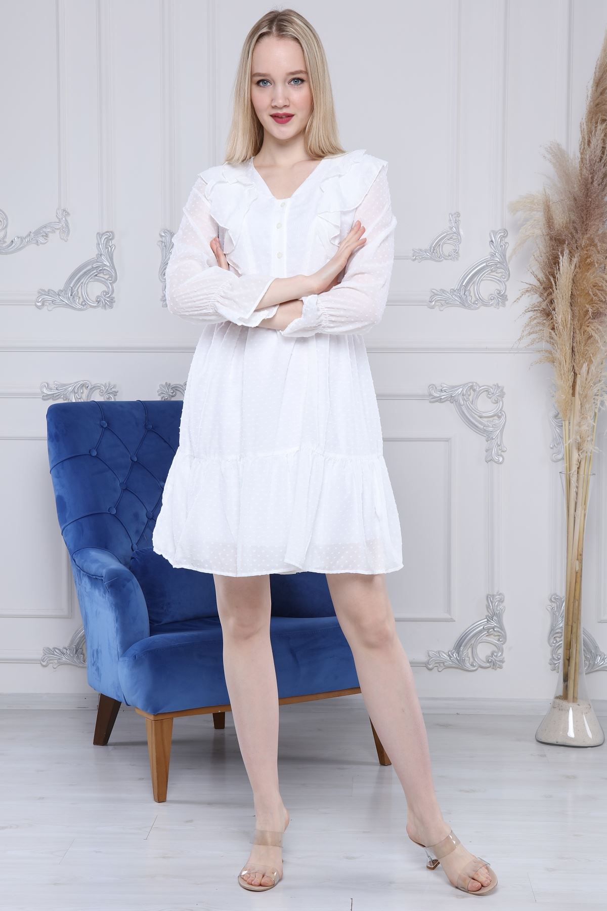 Volanlı Beyaz Elbise