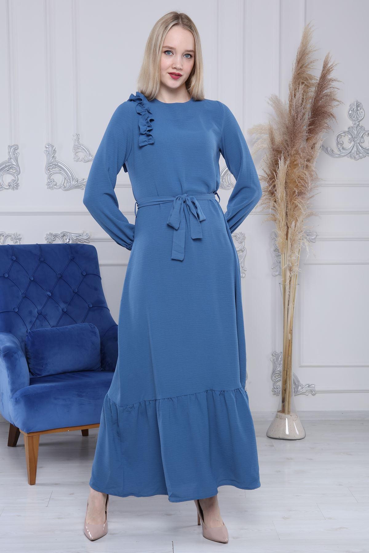 Kuşaklı Uzun Elbise