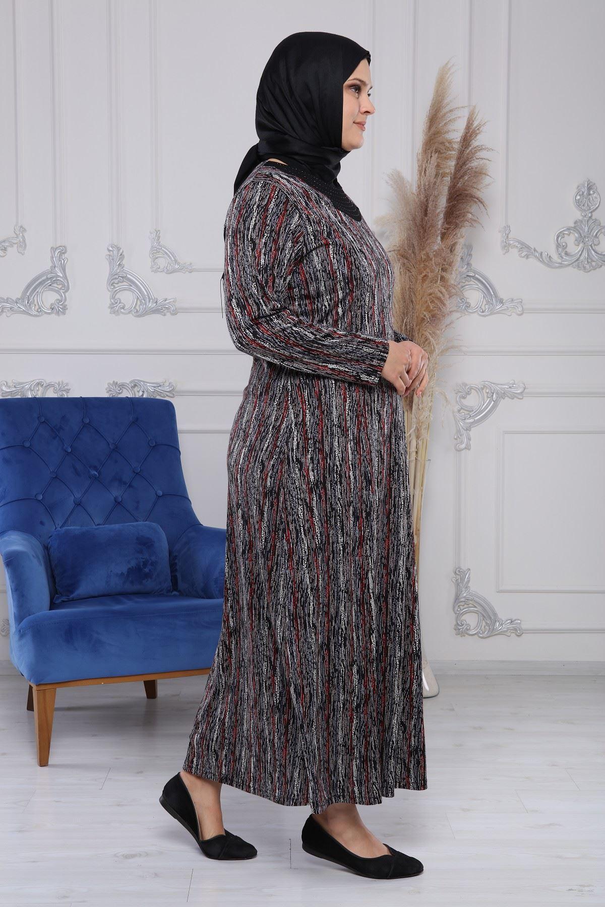 Kolye Taşlı Elbise