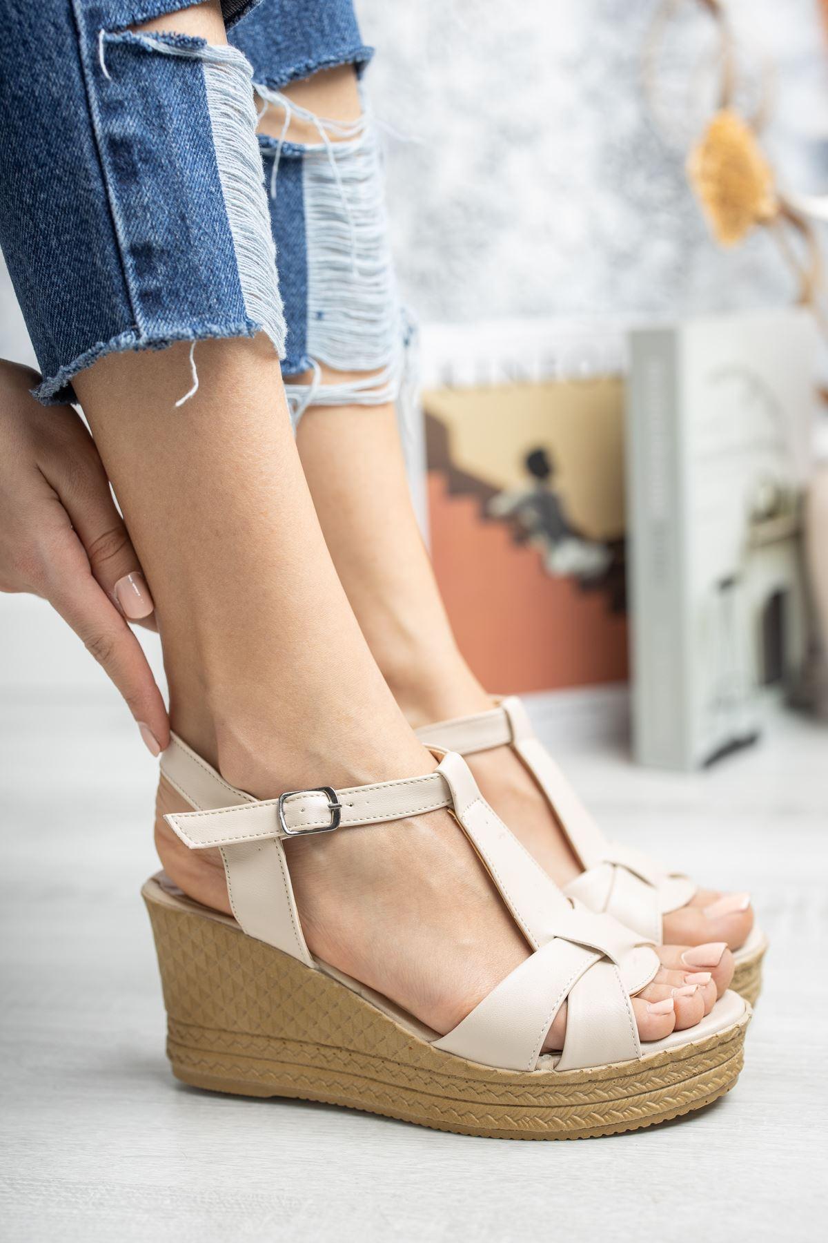 Mantar Taban Çapraz Bant Direkli Vizon Cilt Sandalet
