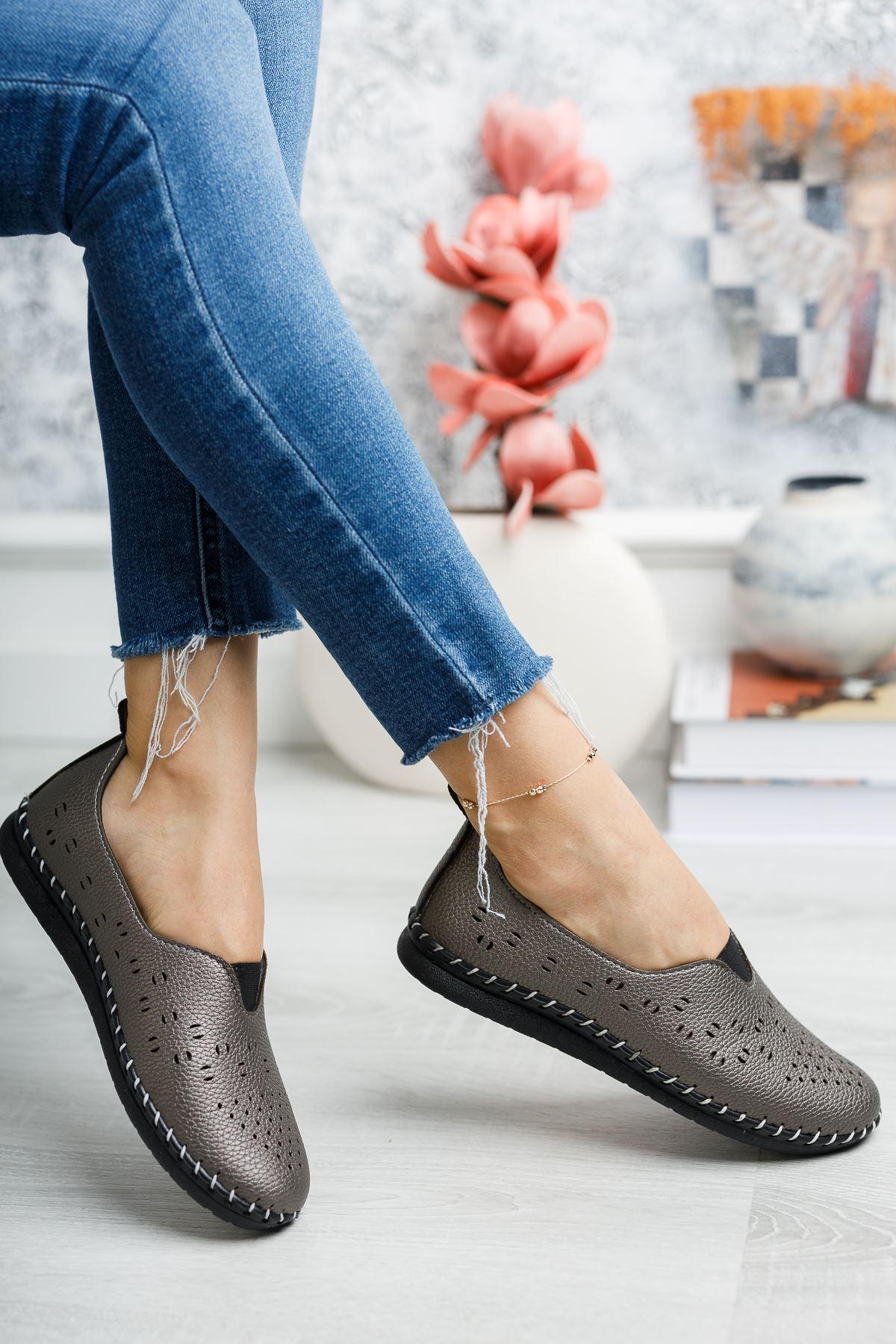Ortapedik Pedli Platin Ayakkabı