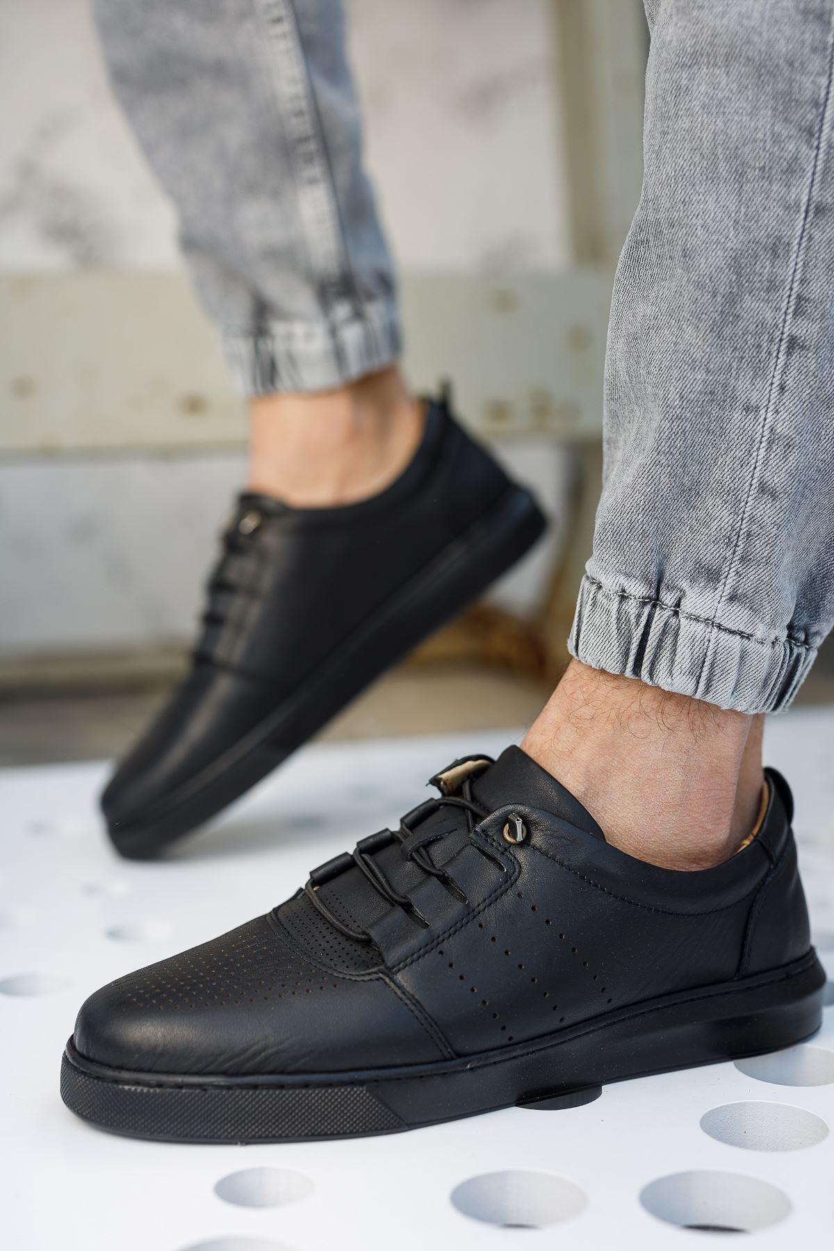 Lastik Bağcıklı Ortopedik Taban Siyah Deri Ayakkabı