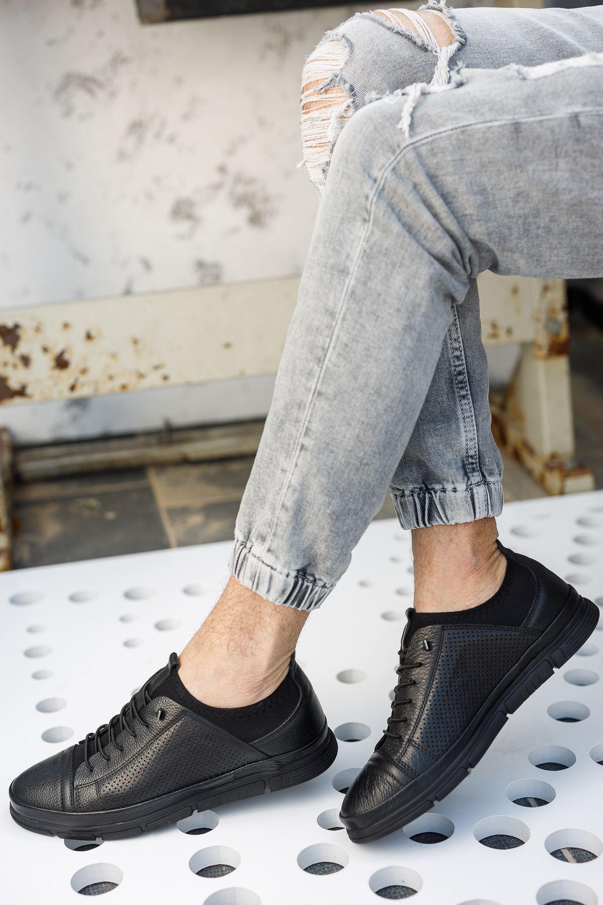 Lastik Bağcıklı Bilekten Streçli Siyah Deri Ayakkabı