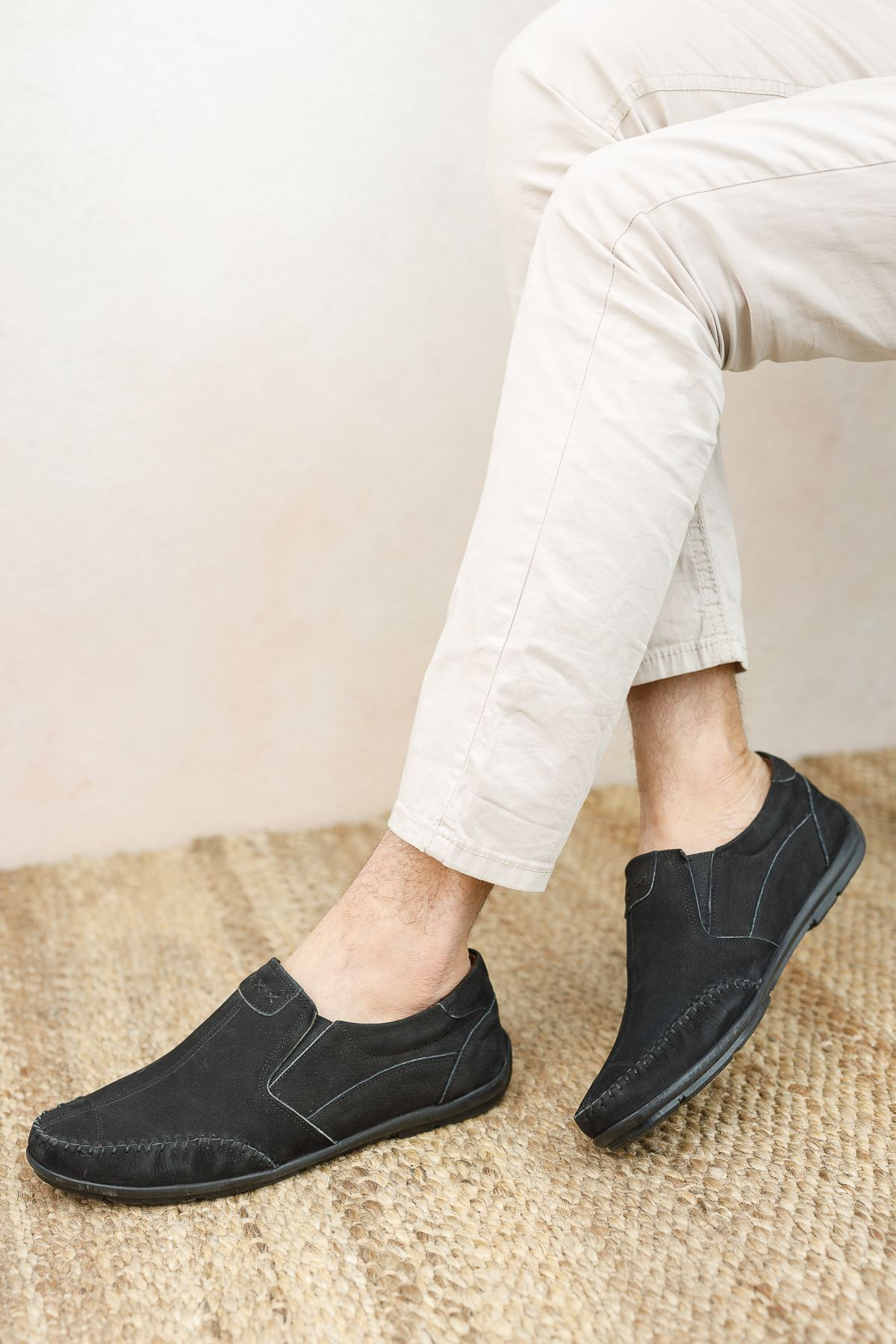 Ortopedik Taban Siyah Süet Deri Ayakkabı