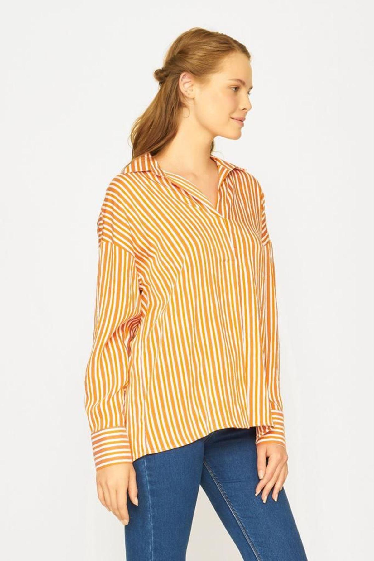 Çizgili Kadın Gömlek