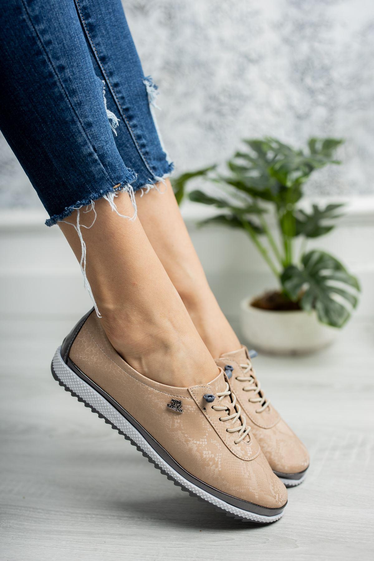 Ortopedik Taban Lastik Bağcıklı İçi Deri Krem Ayakkabı