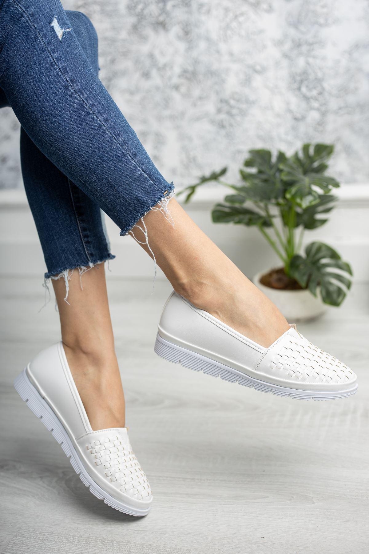 Ortopedik Taban Beyaz Cilt Ayakkabı