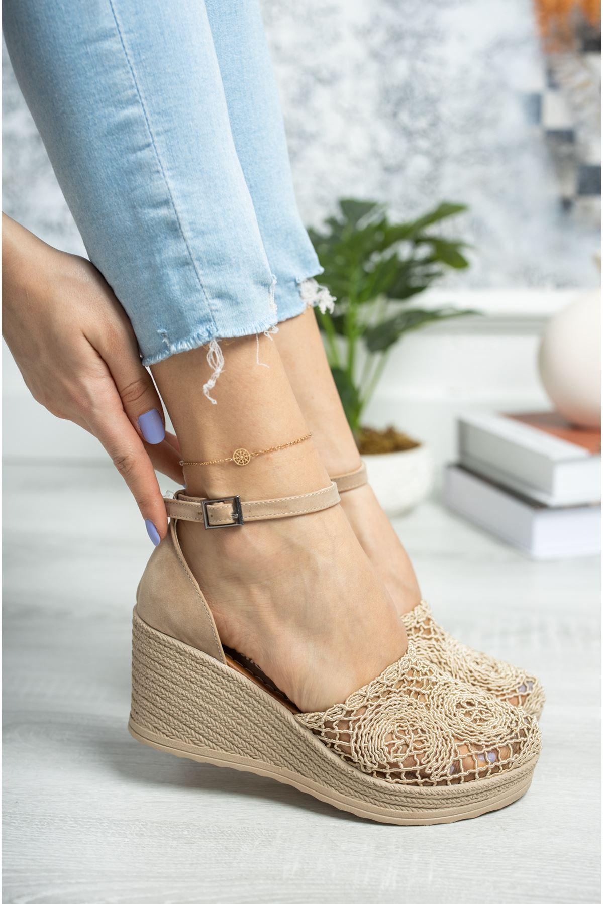 Dolgu Topuk Örgülü Vizon Ayakkabı