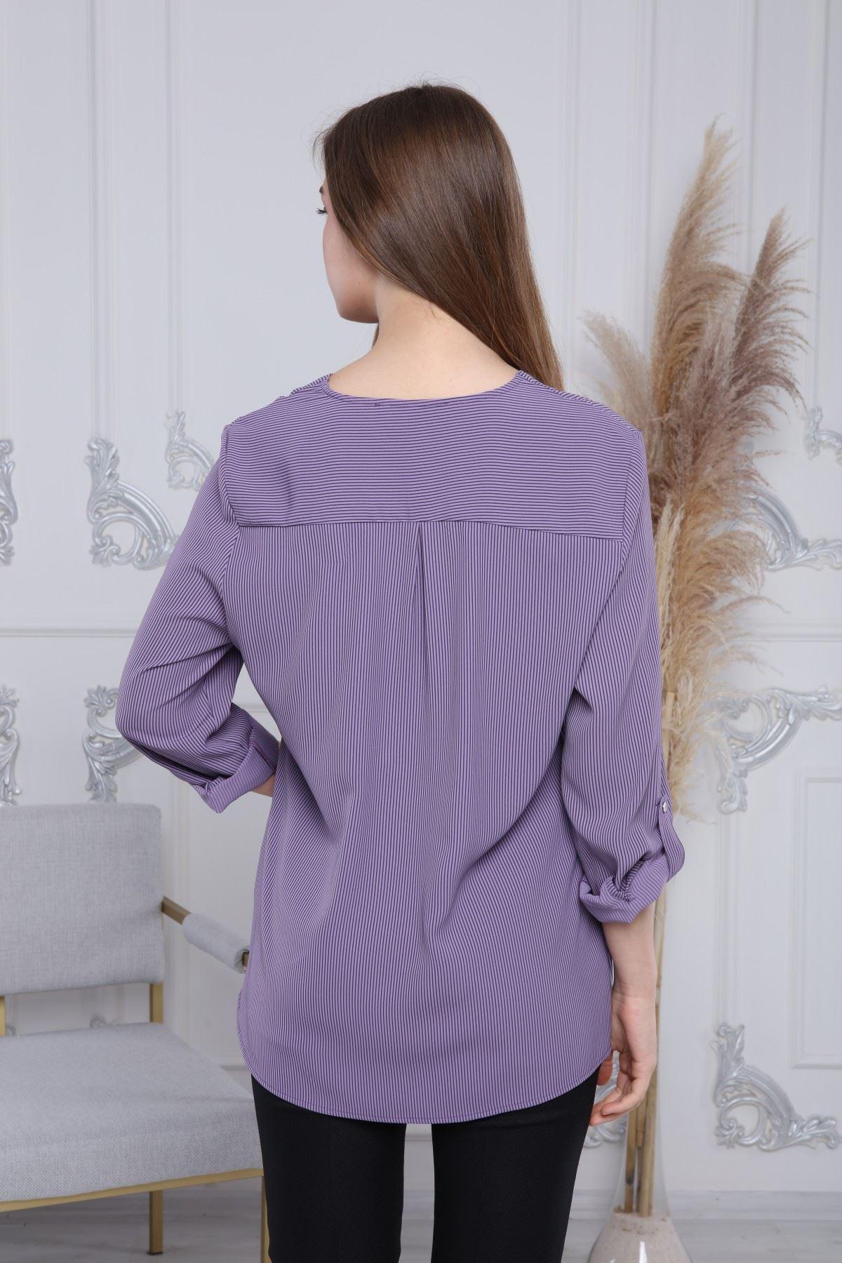 Çizgili Kravatlı Kadın Bluz