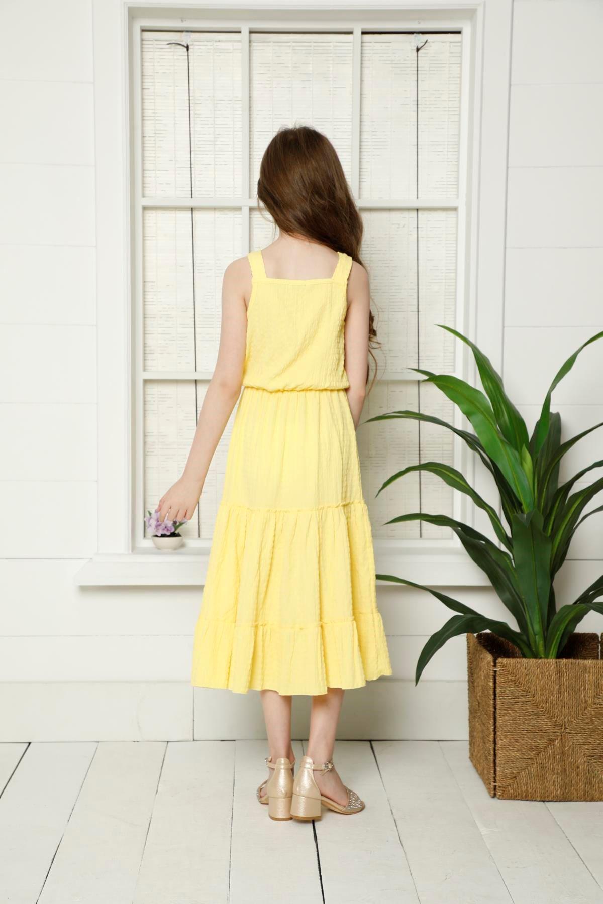 Çiçek Detaylı Uzun Elbise