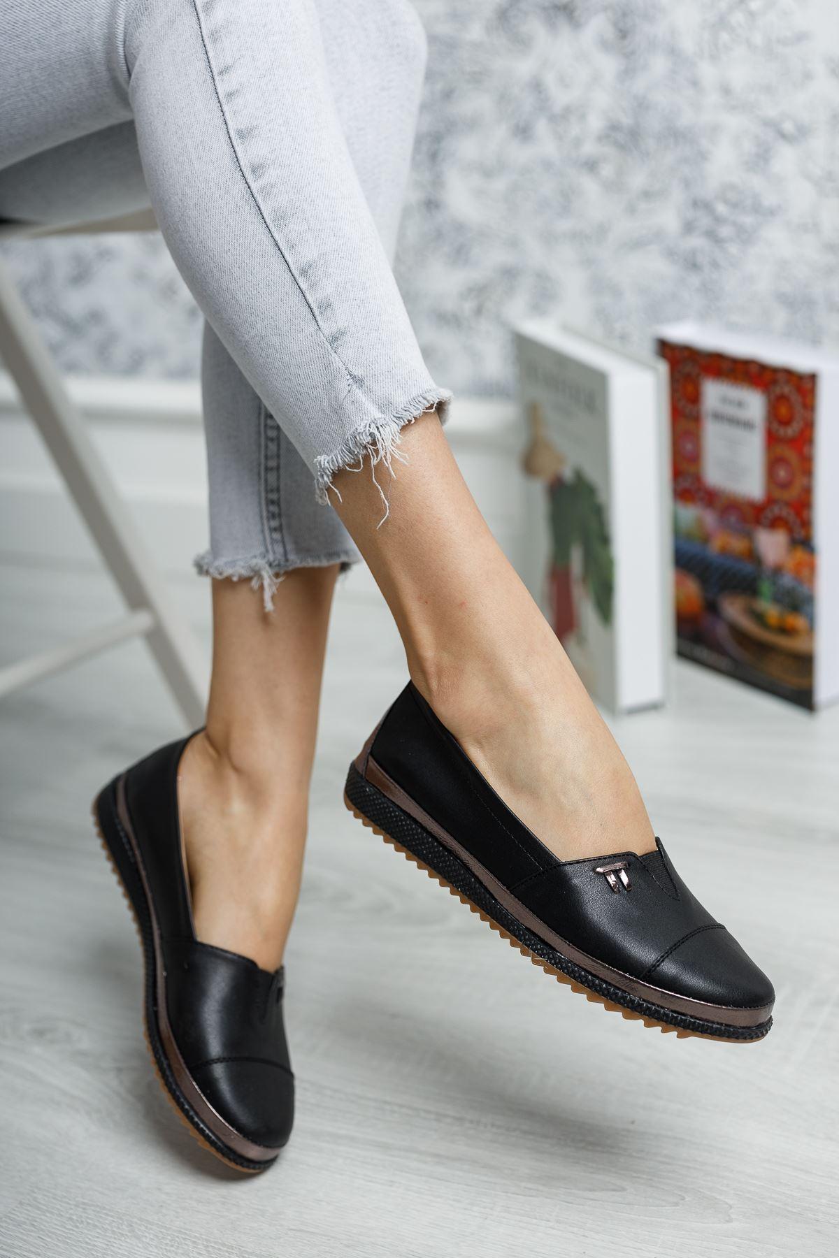 Ortopedik Taban İçi Deri Lastikli Siyah Ayakkabı