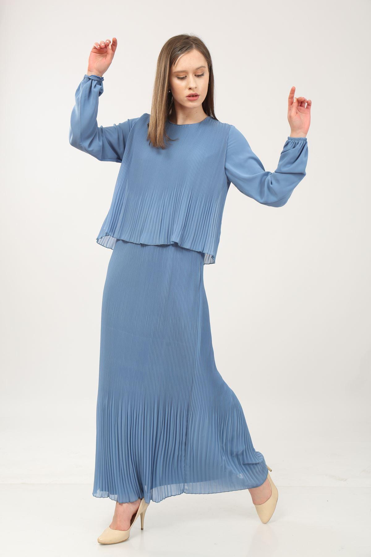 Pileli Uzun Kol Elbise