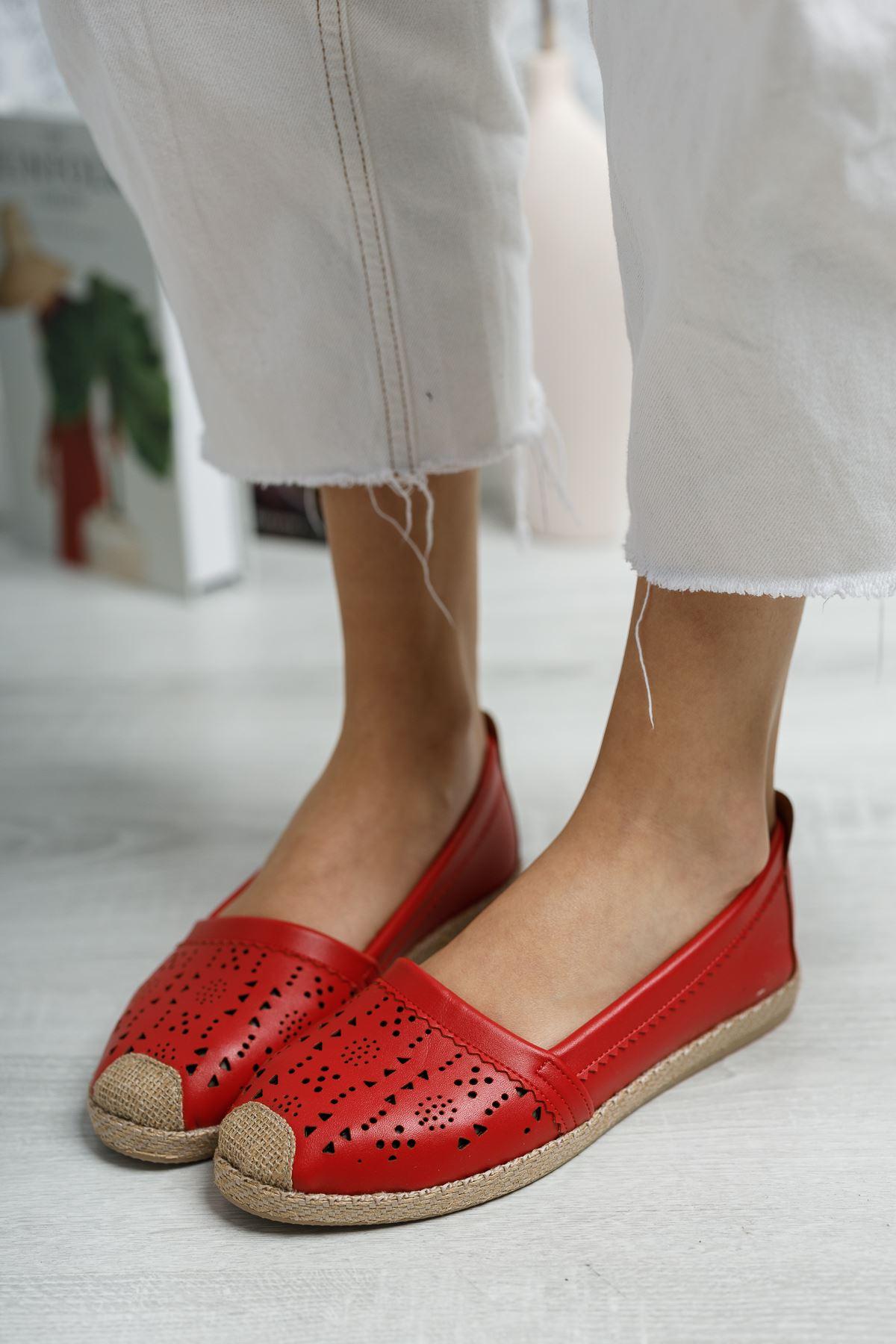 Ortapedik Pedli Lazerli Kırmızı Cilt Ayakkabı