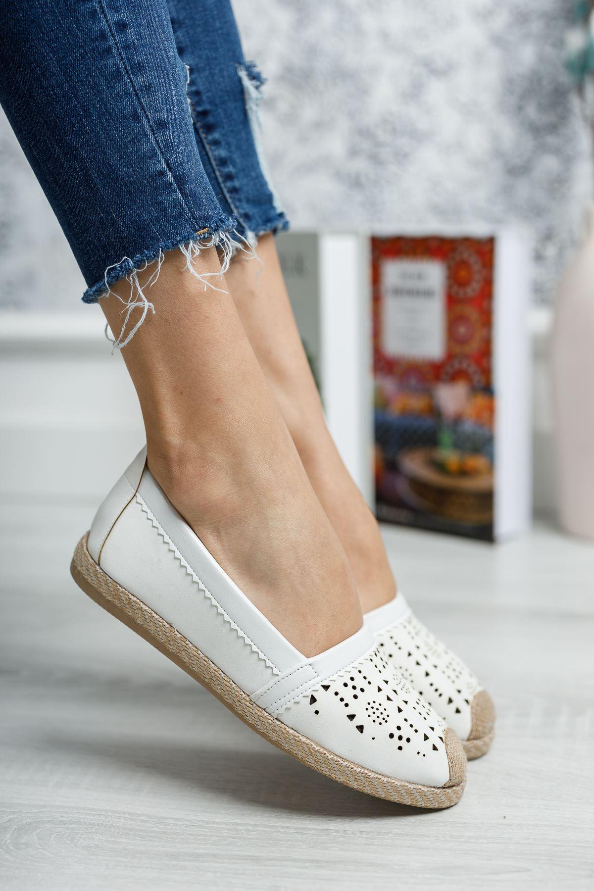 Ortapedik Pedli Lazerli Beyaz Cilt Ayakkabı