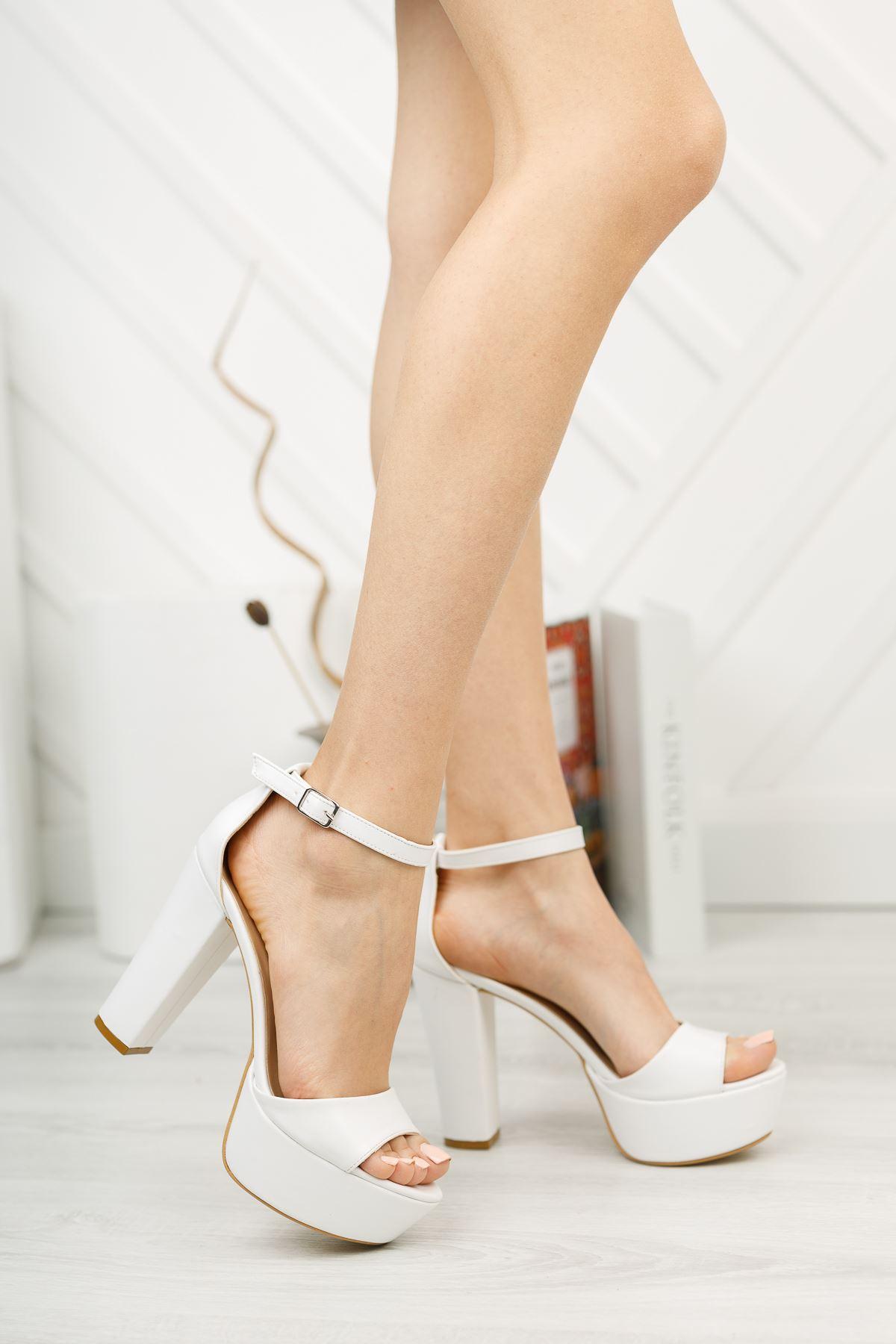Yüksek Platform Arka Kapalı Beyaz Cilt Ayakkabı
