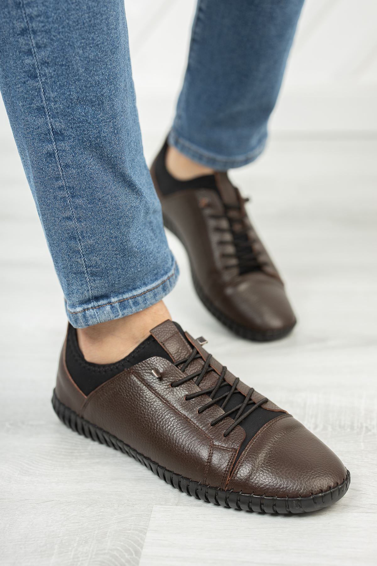 Lastik Bağcıklı Streçli Ortopedik Taban Deri Kahverengi Erkek Ayakkabı
