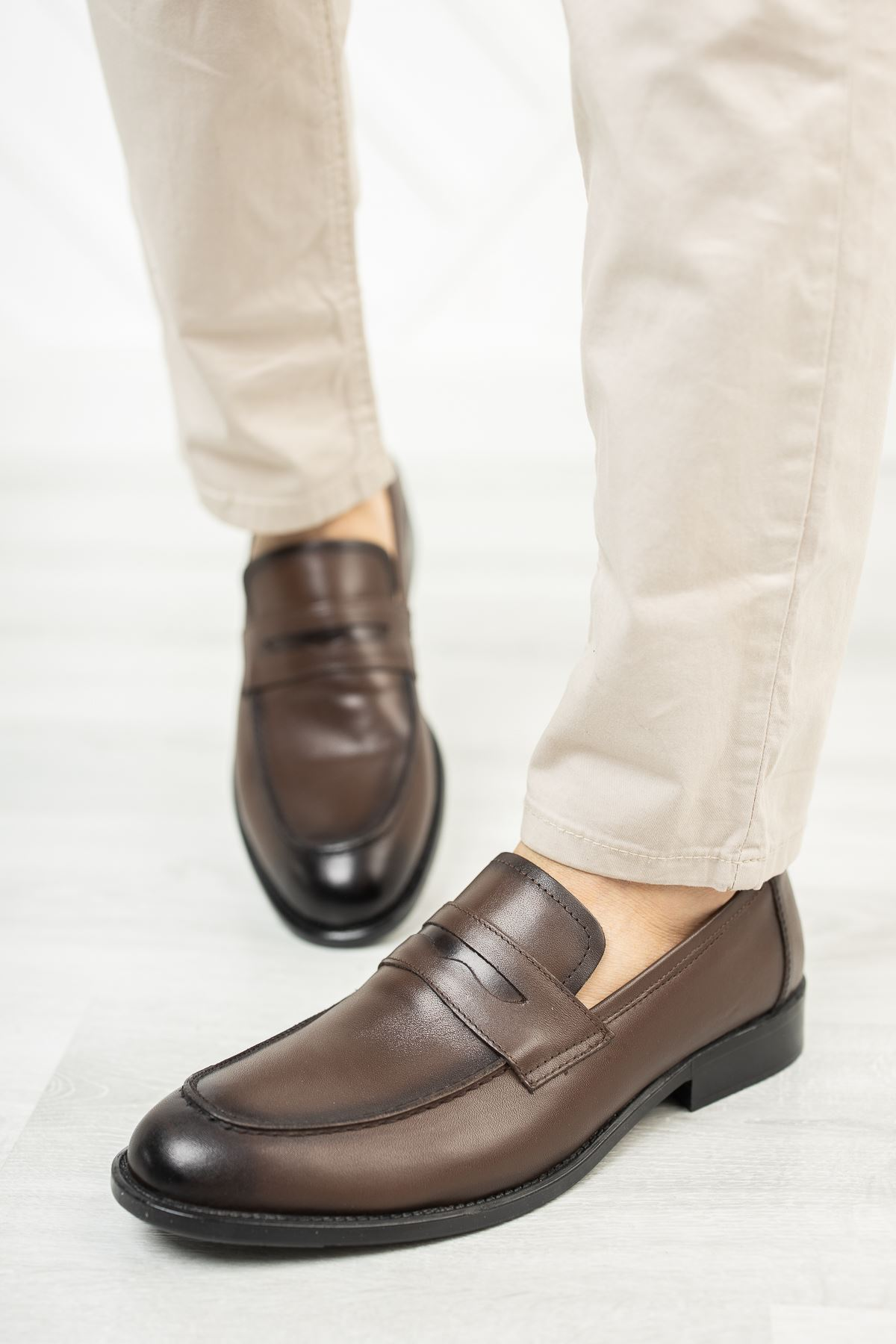 Bağsız Kahverengi Deri Ayakkabı