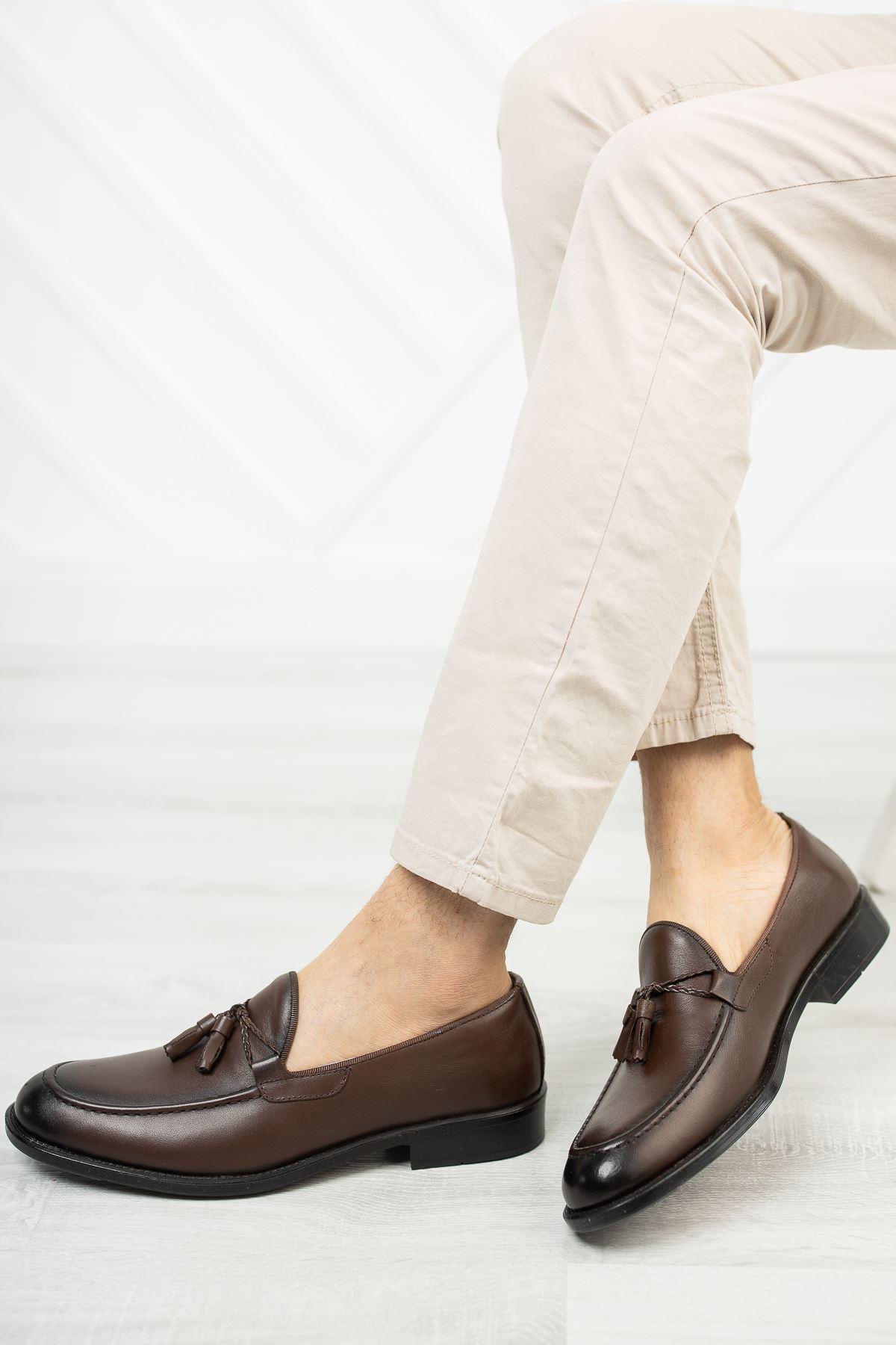 Püsküllü Kahverengi Deri Ayakkabı