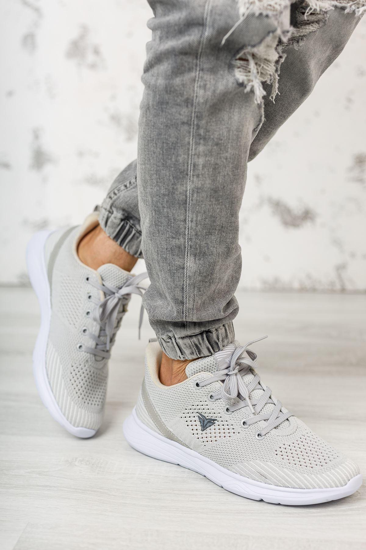 Bağcıklı Gri Spor Ayakkabı