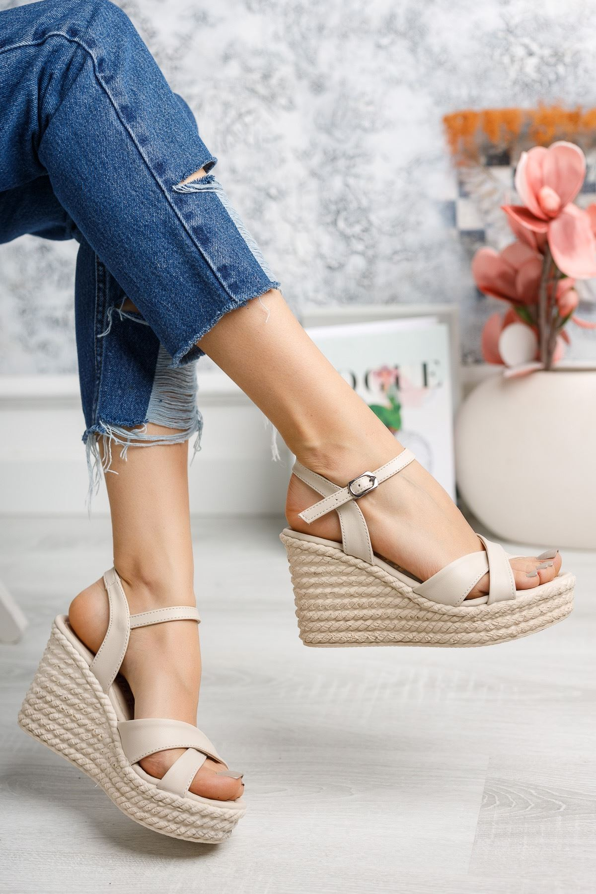 Mantar Taban Çapraz Bant Vizon Sandalet
