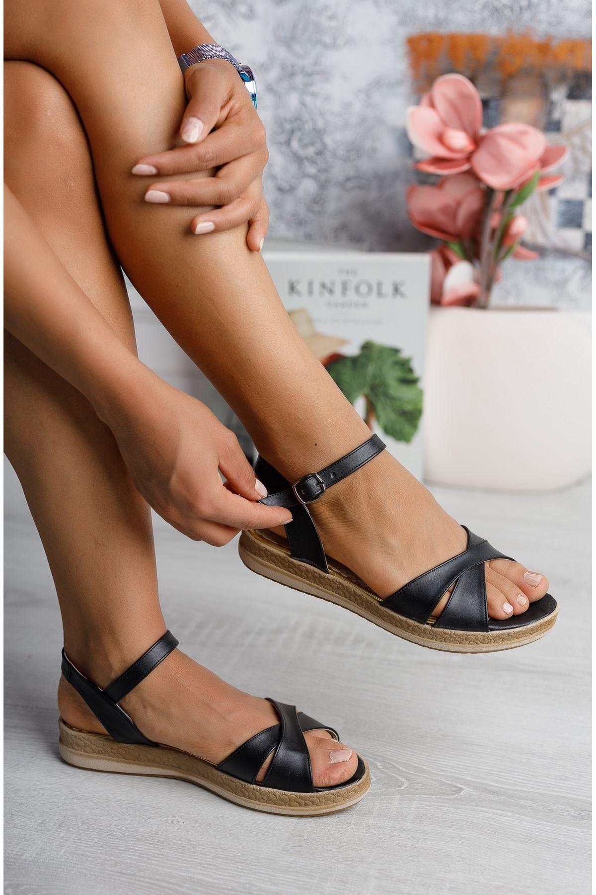 Çapraz Bant Ortopedik Taban Siyah Cilt Sandalet