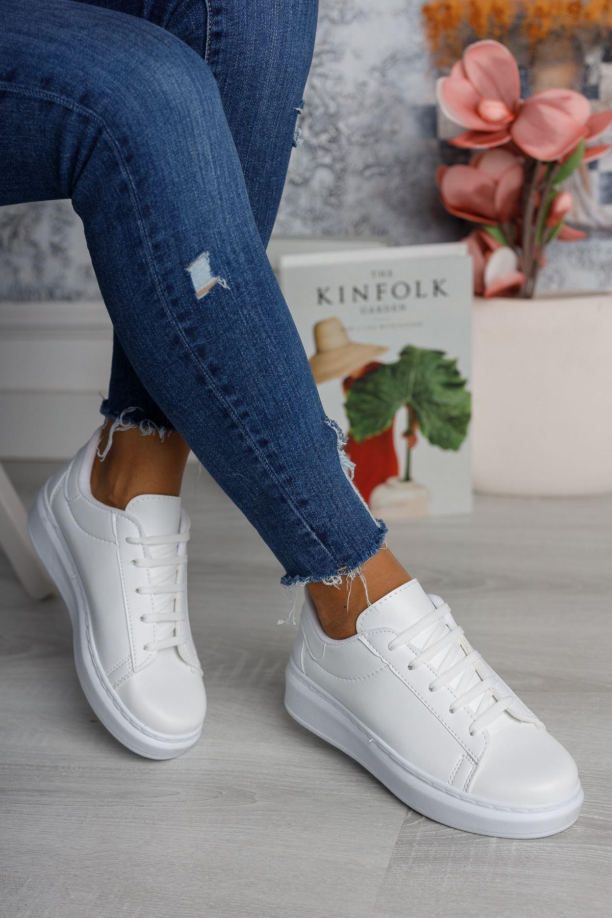 Bağcıklı Mekval Dikişli Beyaz Spor Ayakkabı