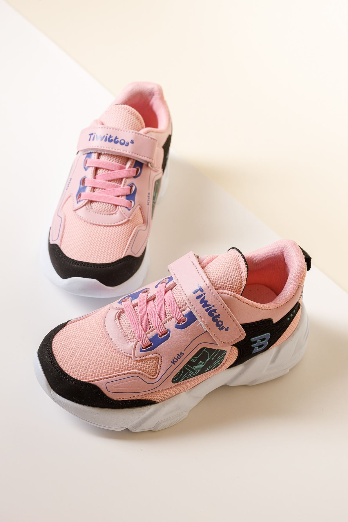 Cırtlı Pembe Çocuk Spor Ayakkabı
